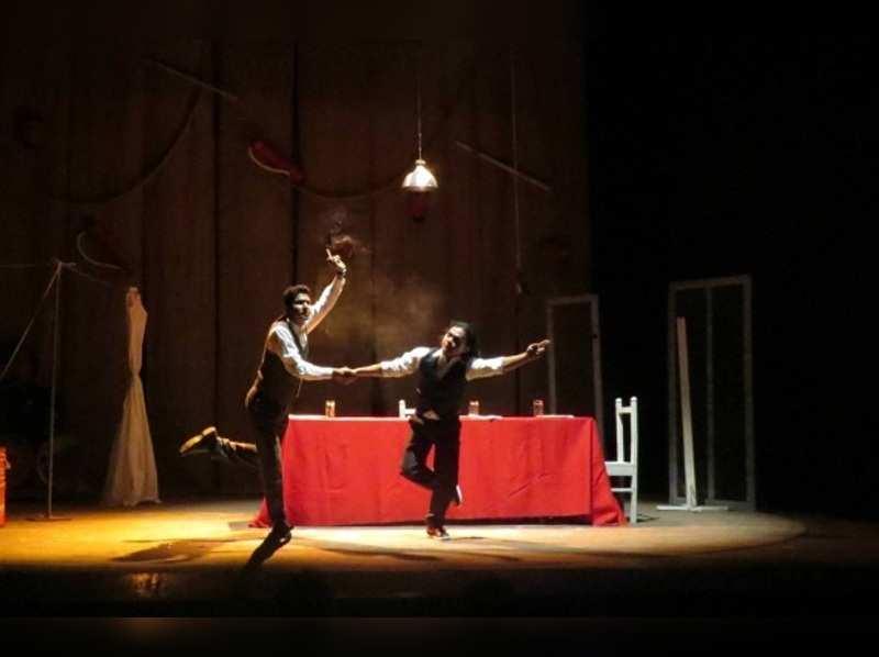 Theatre Review: Jaara Aagun Lagay