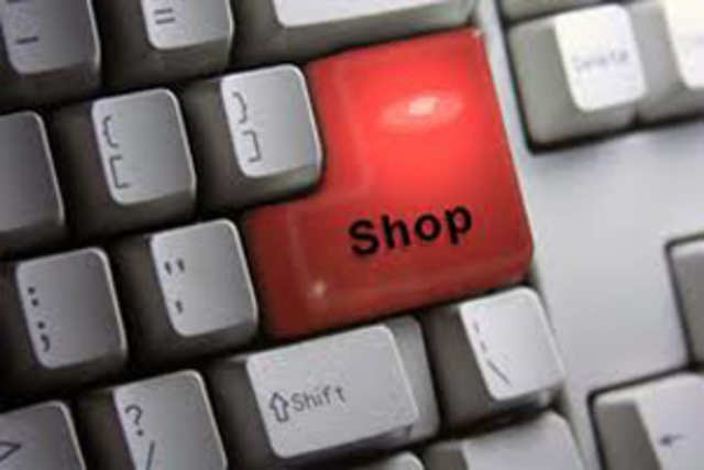 E-commerce biggies are sounding a death knell for the small and mid-sized players threatening to eventually wipe them out of India&rsquo;s burgeoning e-tailing landscape.<br/><br/>(This image is for representational purpose only)