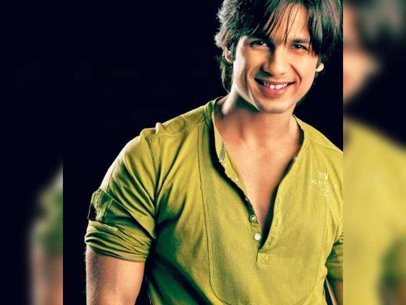 "Shahid Kapoor. (TOI Photo)<a href="" http://photogallery.indiatimes.com/portfoliolist/3879155.cms"">More Pics</a>"