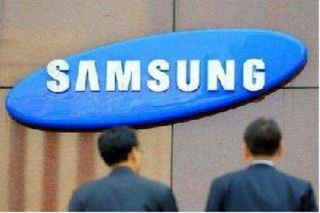 Samsung dealers across the country have threatened to boycott the company's products over pricing concerns.