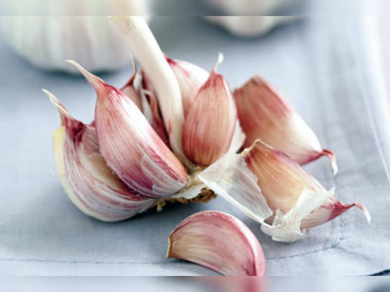 Here's why garlic's good for cough