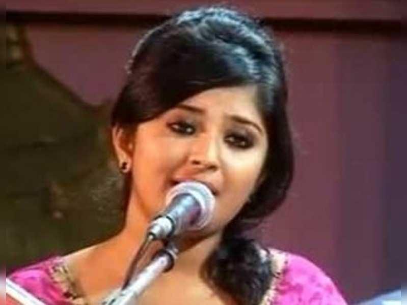 Ramesh Narayanan's daughter sings in Ottamandaram
