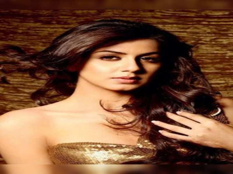 Nikki to do cameo in Vinay Rajkumar's debut