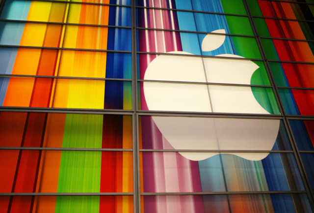 MarcNewsonwill joinJonyIve'sdesign team at Apple, according to Vanity Fair's KiaMakarechi.