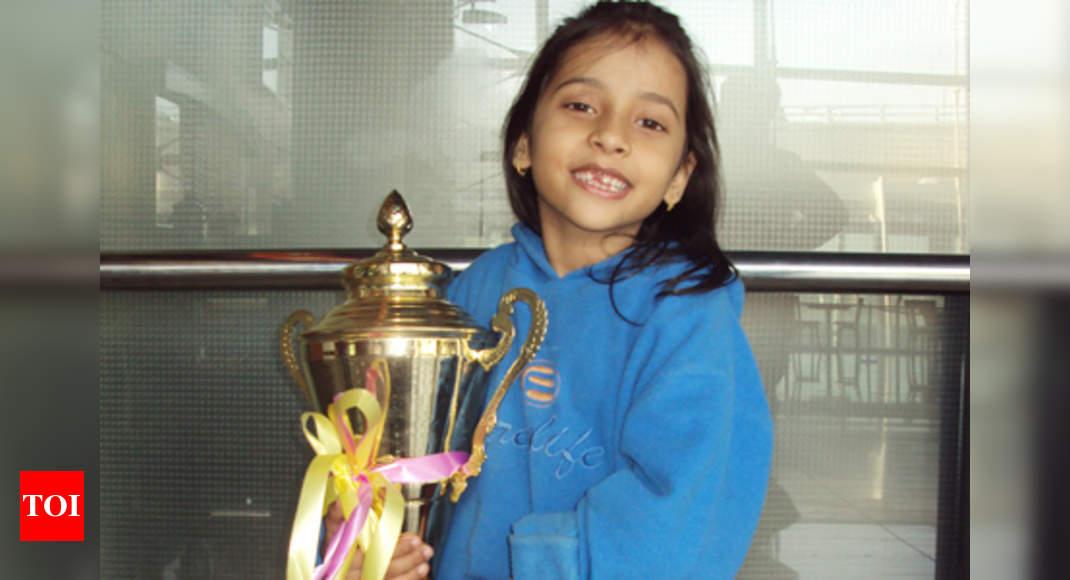 world u 10 chess champion