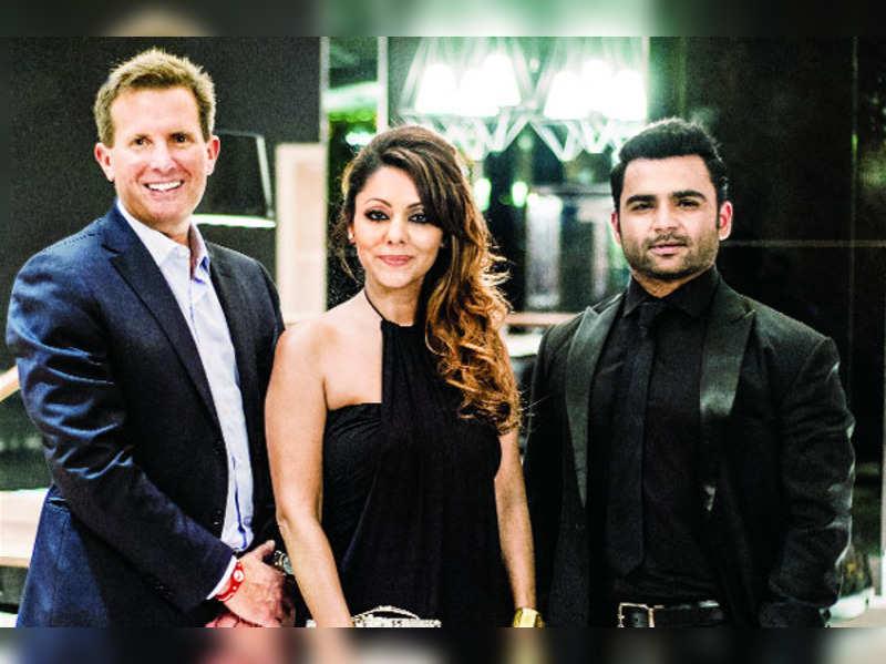 Sachiin Joshi celebrated the announcement of Planet Hollywood in Mumbai
