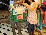 Shanti Dynamite trying chana zorgaram at Naveen Market in Kanpur