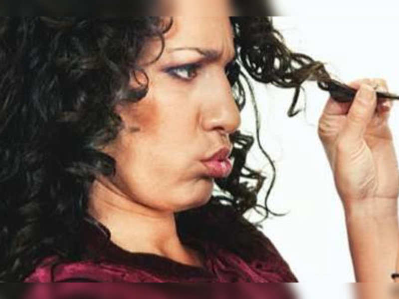 Women in their 20s suffering from acute hair loss