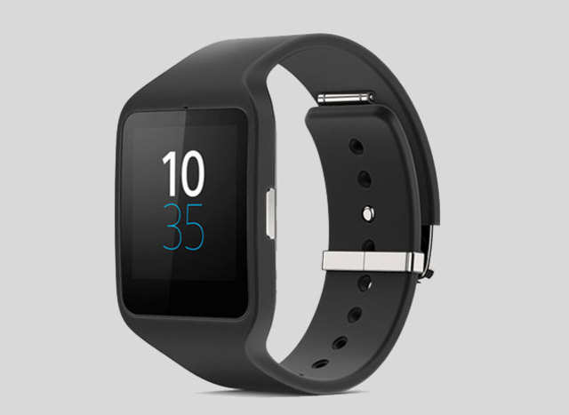 After being listed for a month on Google Play Store, Sony's first Android Wear smartwatch has finally gone on sale for $249.99.