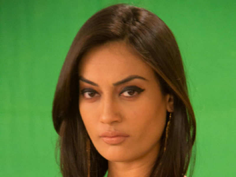 Qubool Hai: Sanam-Seher Come Face-to-Face