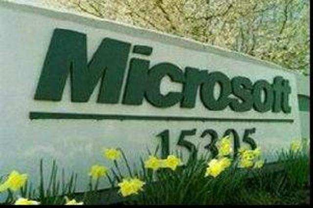 Seeing a $2 trillion promise in India's cloud market, Microsoft has decided to spendRs1,400croreon setting up three datacentresin the country.