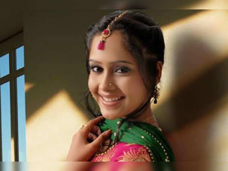 Aasiya Kazi to replace Sargun in Balika Vadhu