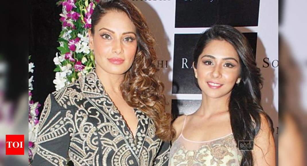 Bipasha Basu At Designer Sonaakshi Raaj S Store Launch In Mumbai Events Movie News Times Of India