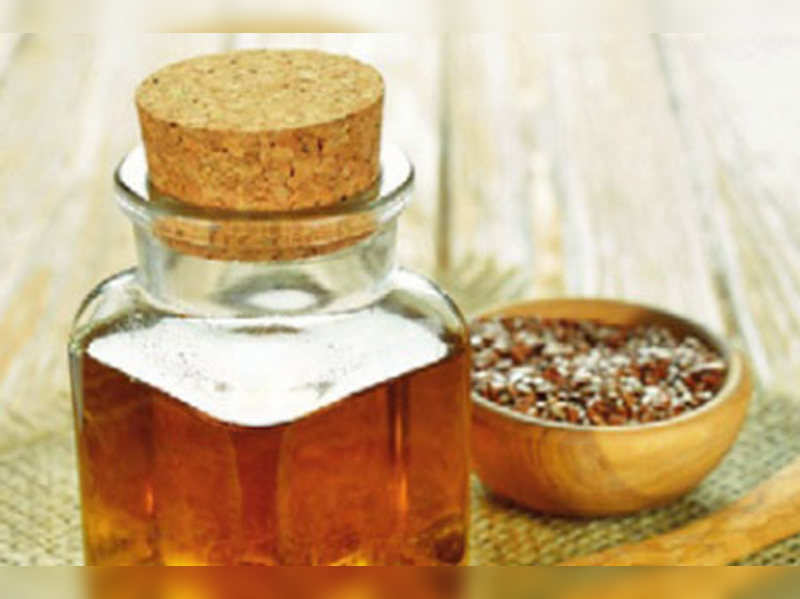 Get clear skin with flaxseed oil