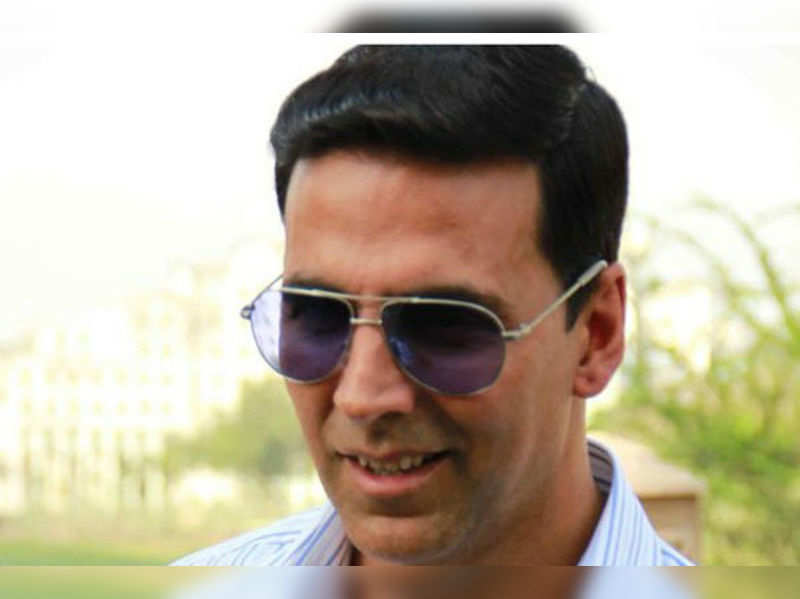 Akshay Kumar feels the heat