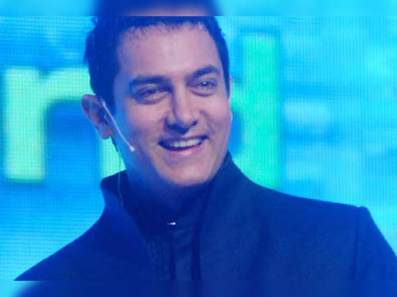 Aamir Khan wishes speedy recovery for Dilip Kumar