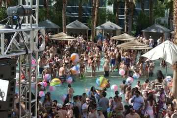 Pool parties at Rehab