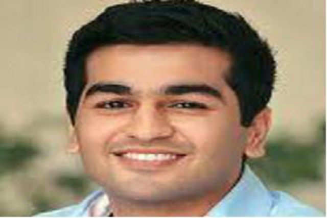 Kavin Mittal, son of Bharti Airtel promoter Sunil Mittal, plans to get into internet telephony through his messenger company 'hike', days after the country's top operator made an unsuccessful bid to charge such services at a higher rate.