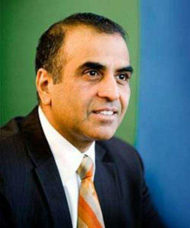 The Supreme Court has set aside the lower court order summoning as accused Bharti Airtel CMD Sunil Bharti Mittal and Essar Group promoter Ravi Ruia.