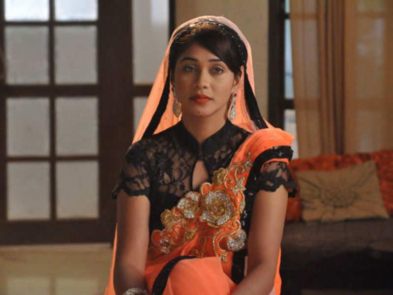 Amrapali Gupta loses her voice
