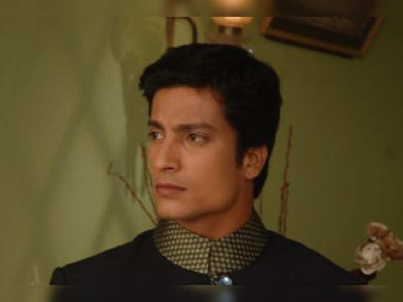 Jaipur actor Kapil Nirmal in town for kite festival