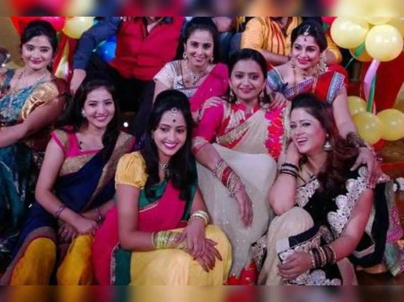 Star Mahila to complete 2000 episodes
