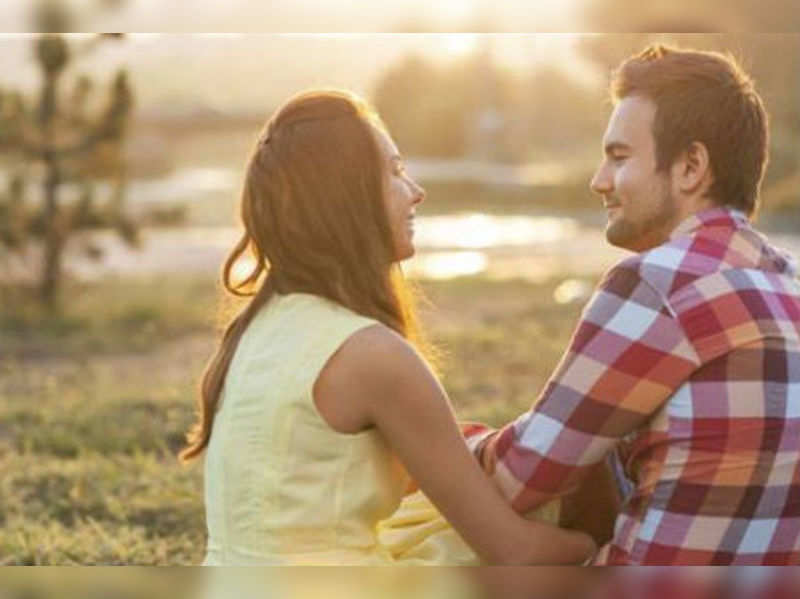 5 pocket-friendly date ideas (Thinkstock Photos/ Getty Images)