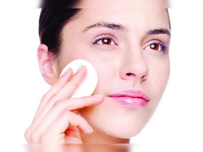 Five benefits of having oily skin
