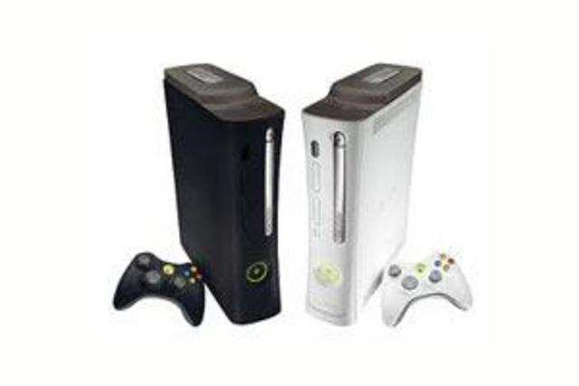 Microsoft cuts Xbox 360 price, introduces 500GB version