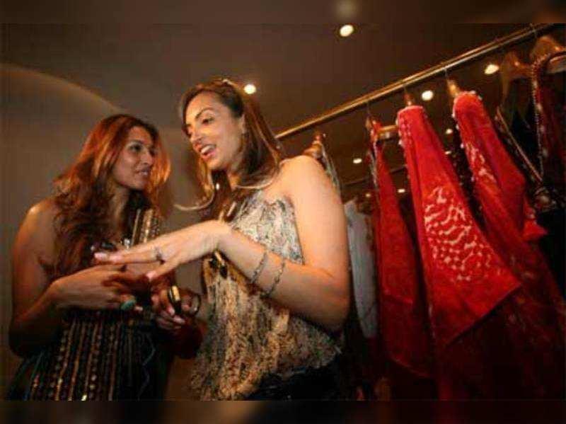 Designer Seema Khan To Showcase At Araaaish Times Of India