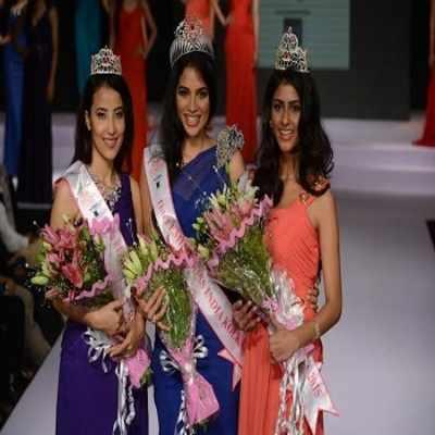 (left to right): fbb Femina Miss India Kolkata 2015 second runner-up Zennyla Bhutia, fbb Femina Miss India Kolkata 2015 winner Tanya Hope and fbb Femina Miss India Kolkata 2015 first runner-up Ruchira Mookerjee.