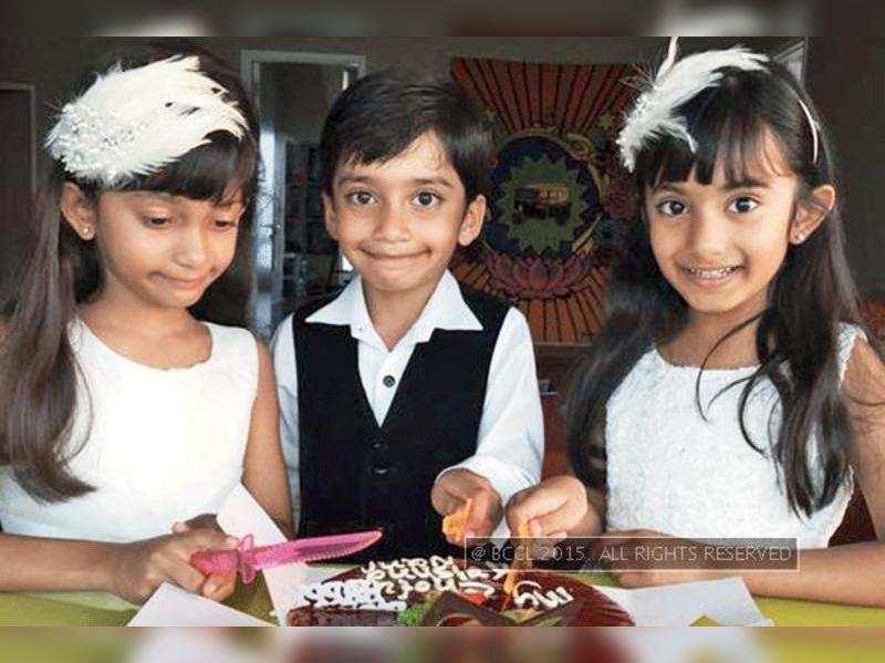 Farah Khan's triplets turned 7