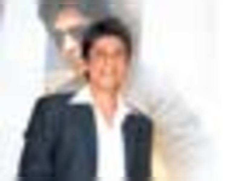 What's Shah Rukh doing in B-school?