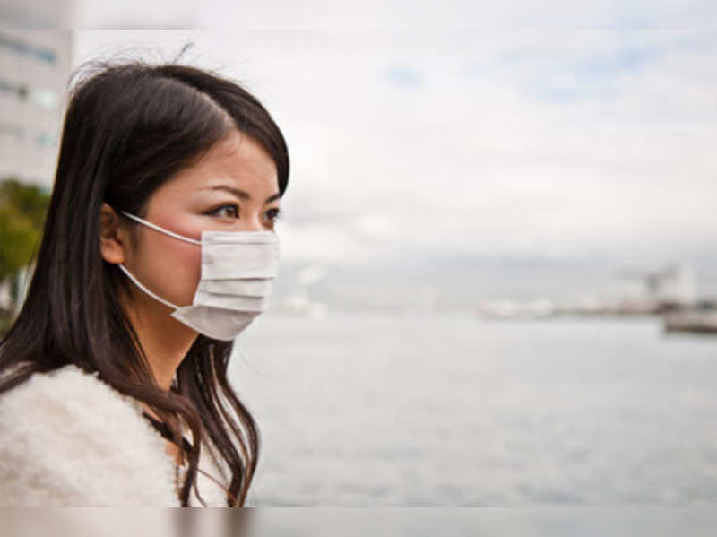 Diet tominimiseharmful effects of airpollution!(Getty Image)
