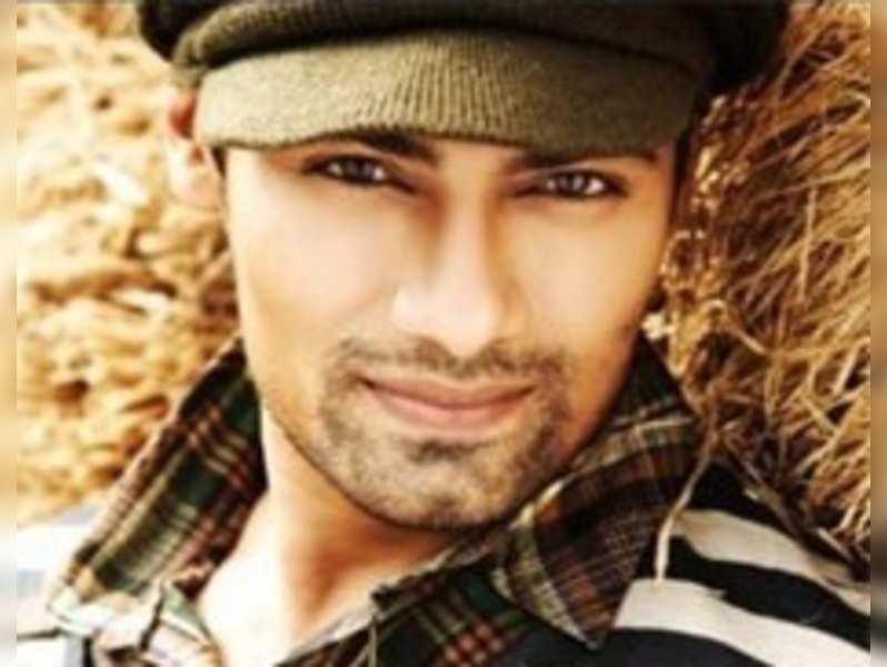 Meer Ali enters 'Sadda Haq'