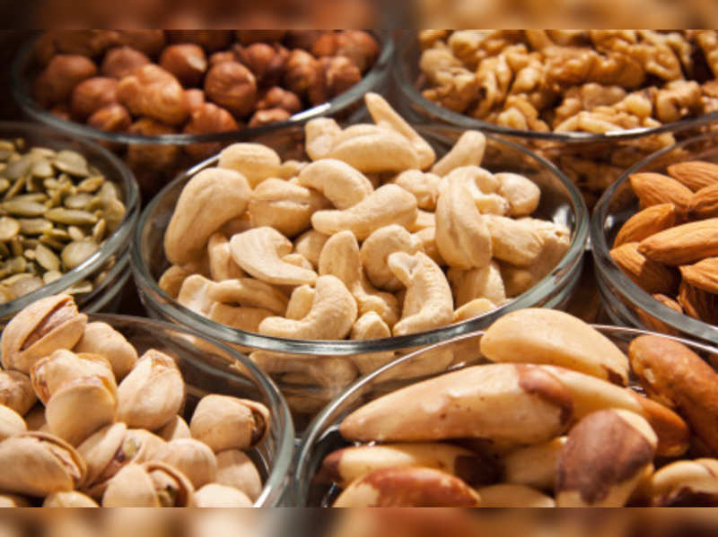 Here's how much you should eat dry fruits