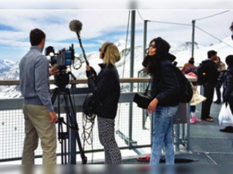 Students from London Film School making a documentary on DDLJ