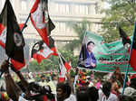 Party cadres in large numbers assembled Photogallery - Times of India