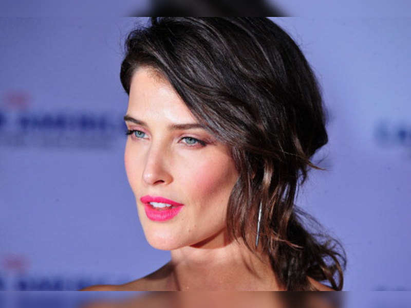 Unexpected Cobie Smulders Stars In Unexpected Trailer English Movie News Times Of India