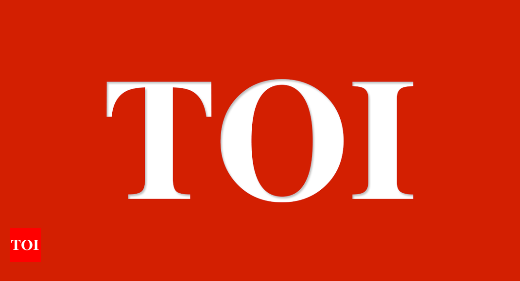 Five of family die in J&K accident, toddler survives | India News – Times of India