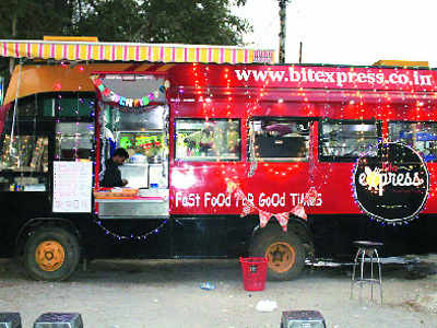 Food trucks roll out in Raipur
