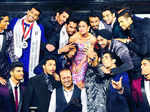 Times Group MD, Vineet Jain and Kareena Kapoor pose with Mr. India 2015 participants