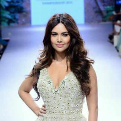 Beauty queen Esha Gupta turns vegan