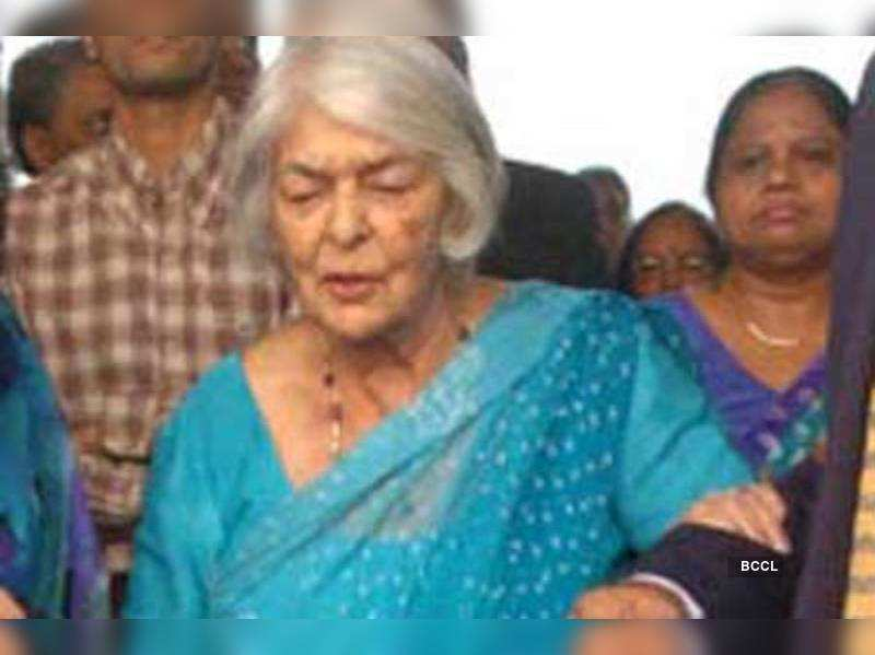 "Maharani Gayatri Devi       <a href=""http://photogallery.indiatimes.com/articleshow/4834364.cms"" target=""_blank"">More Pics</a>"