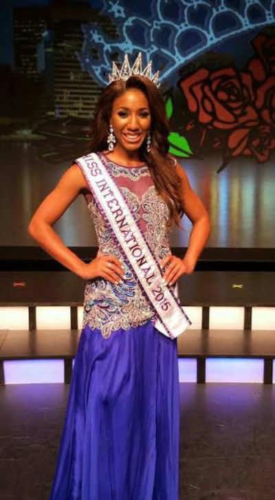 Elise Banks crowned Miss Texas International