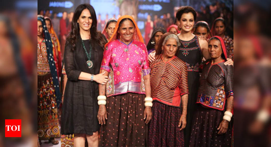 Anita Dongre Celebrates Handcrafted Traditions At The Lfw Times Of India