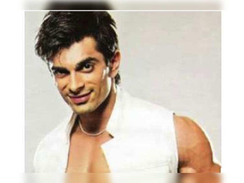 Karan Singh Grover to play Vishnu