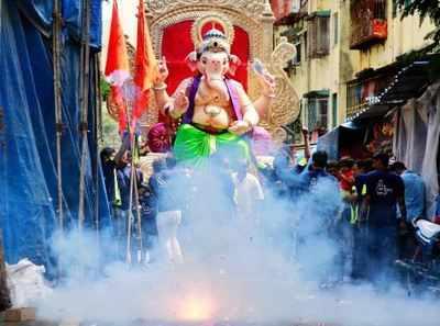 3 infants move SC seeking ban on firecrackers during festive