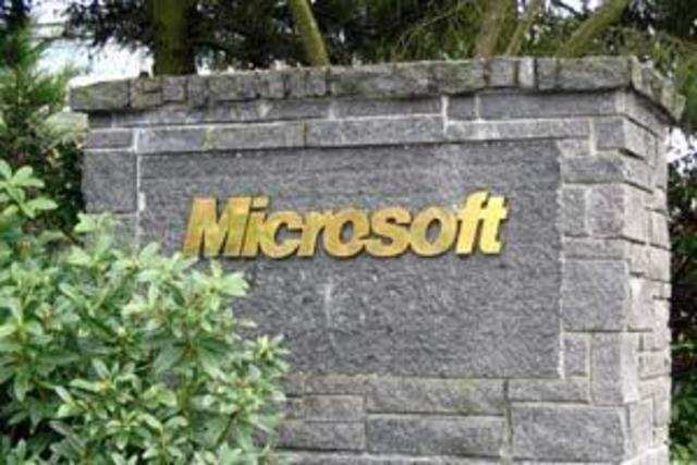 Telcos are against the possibility of Microsoft getting free or exclusive access to spectrum, called white spaces.