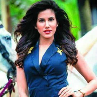 Like all girls, I too had a crush on Salman Khan: Sonnalli Seygall